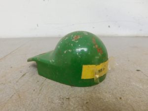 JD LATE 50 60 70 TRACTOR NOS R.H SPARK PLUG COVER