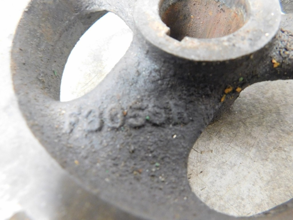 JD 720 730 GAS GOVERNOR DRIVE GEAR 11781