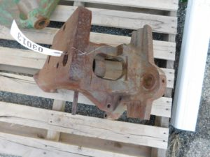 JD 40 320 420 430  FRONT SUPPORT 03013