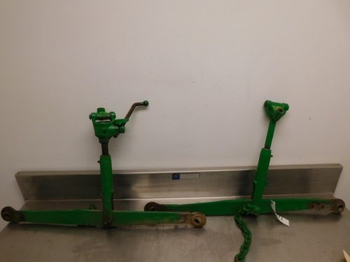 JD 420 430 STANDARD 3 POINT ARMS 00321
