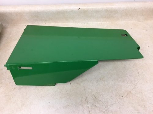 JD 3010 3020 RIGHT HAND SIDE SHIELD  0457